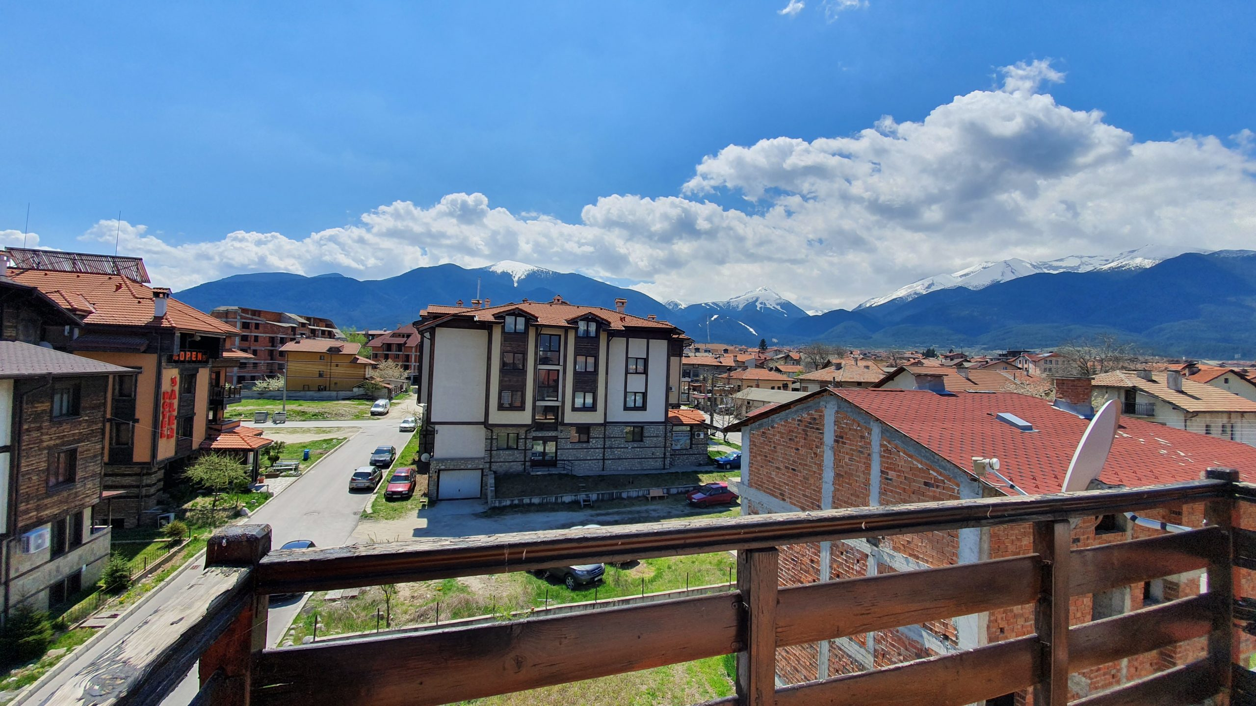 1 bedroom apartment in residential building