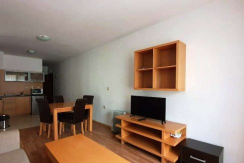 furnished-2-bedroom-apartment-in-top-lodge