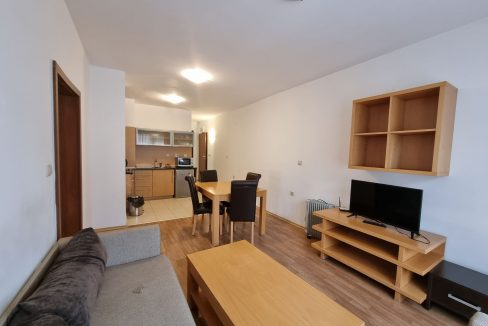 furnished two-bedroom-apartment-for-sale-in-top-lodge
