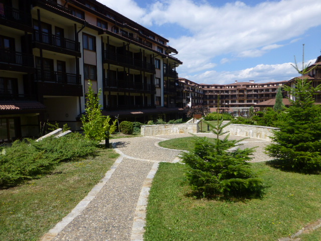One-bedroom apartment in complex Downtown, Bansko