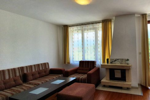 Luxury-3-bedroom-apartment-with-mountain-view-for-sale-in-Redenka-Holiday-Club-near-Bansko
