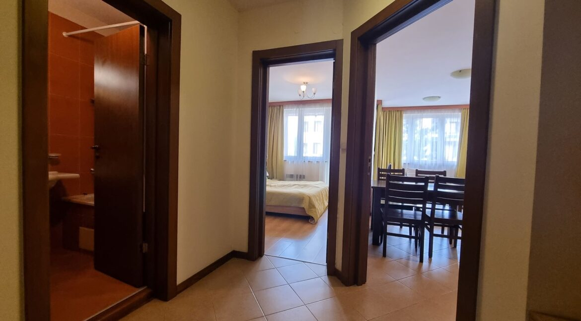 One-bedroom apartment in Pirin Golf (9)