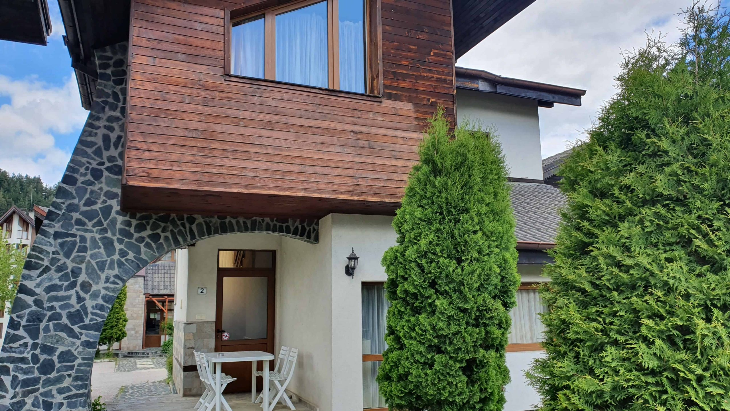 2 bedroom chalet with private sauna in Redenka Holiday Club