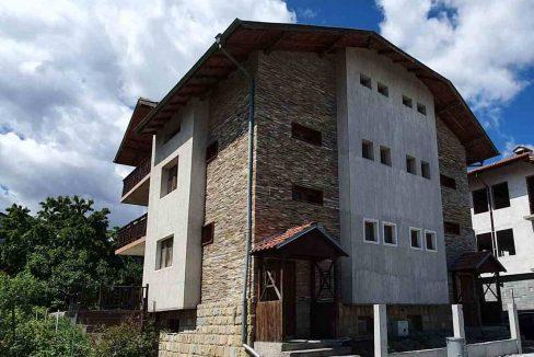 ski-chalet-or-guesthouse-for-sale-in-Bansko