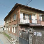 2-story-house-with-garden-in-the-center-of-Bansko