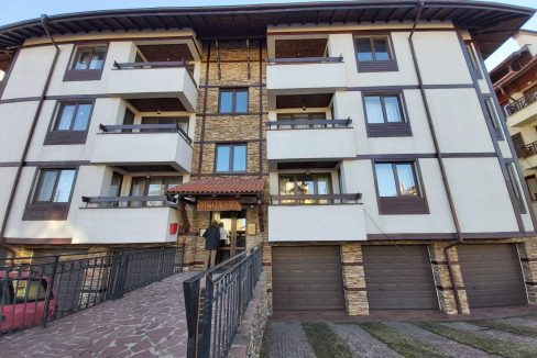 specious-2-bedroom-apartment-with-garage-in-bansko