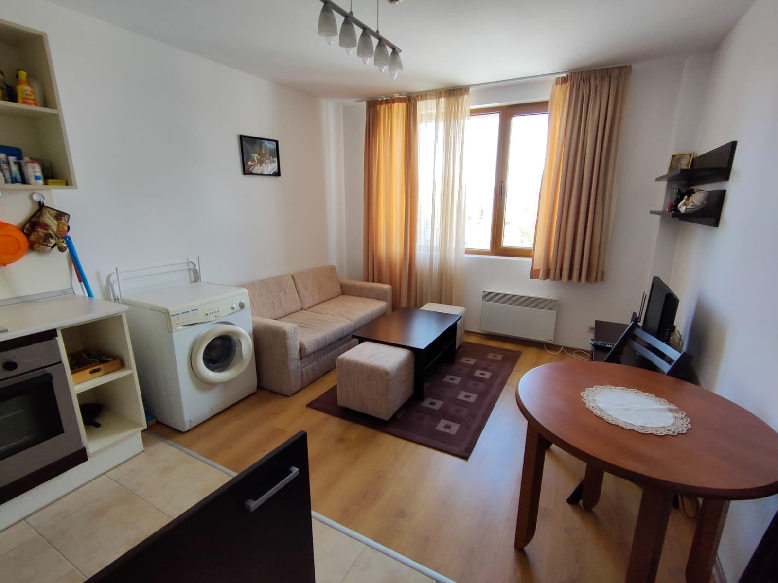 1-bedroom apartment in Kosara complex