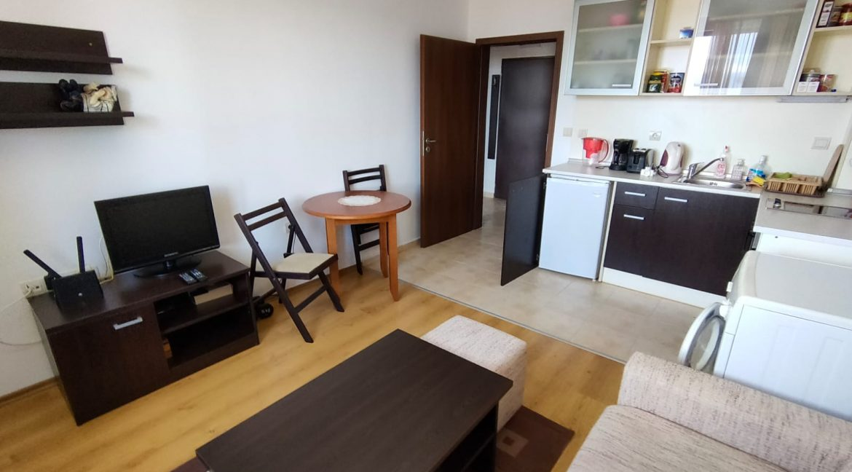 1-bedroom-apartment-in-kosara-complex (5)
