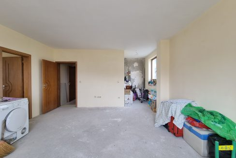 unfurnished-one-bedroom-apartment-without-maintenance-fee