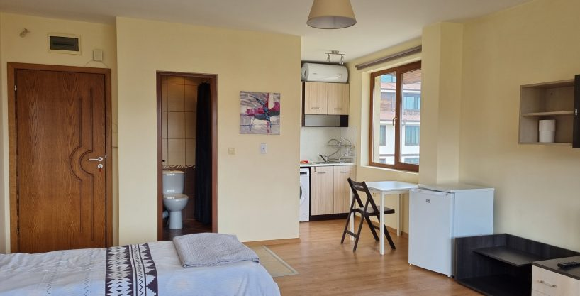 good-size-studio-for-sale-in-residential-building