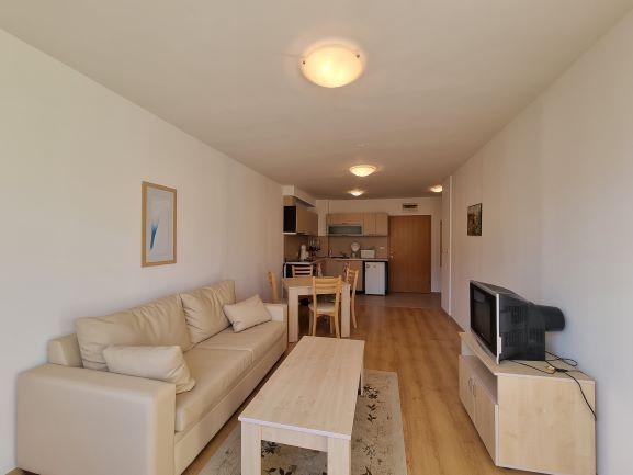 1 bedroom apartment in Aspen Golf (13)