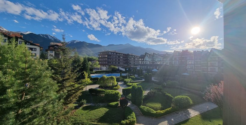 1-bedroom-apartment-with-mountain-view-in Aspen-Golf-near-Bansko