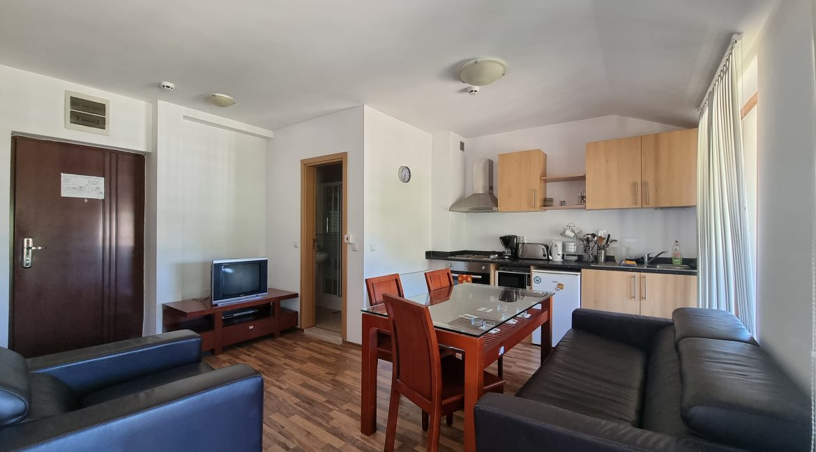 2 bedroom apartment for sale in pirin heights bansko (4)