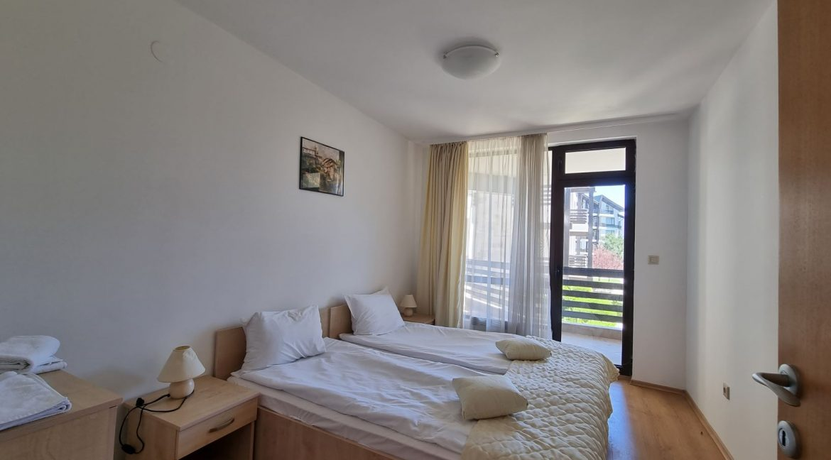 furnished 2 bedroom apartment in aspen golf (17)