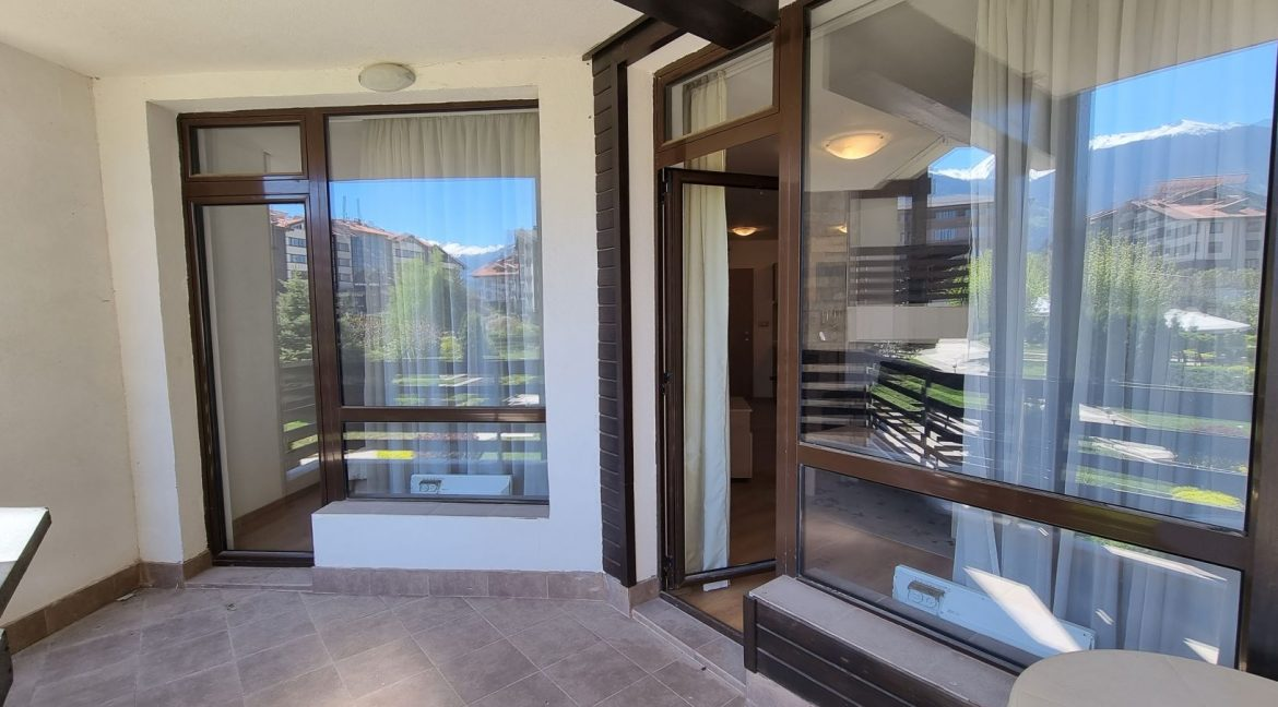 furnished 2 bedroom apartment in aspen golf (35)