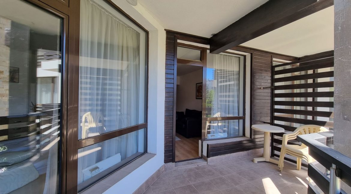 furnished 2 bedroom apartment in aspen golf (37)