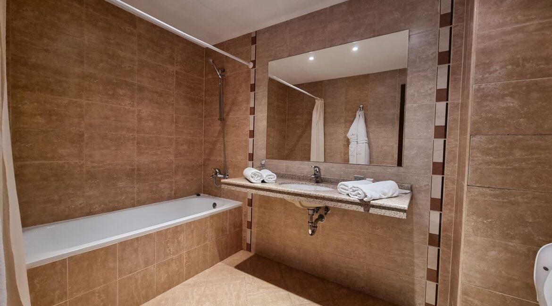 2 bedroom in terra complex (22)