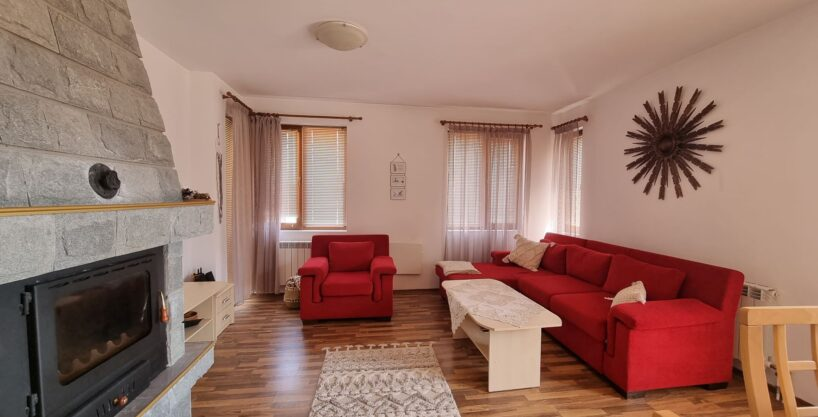 one-bedroom-apartment-with-fireplace-in-pirin-heights-bansko