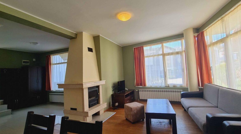 redenka 3 bedroom chalet (15)