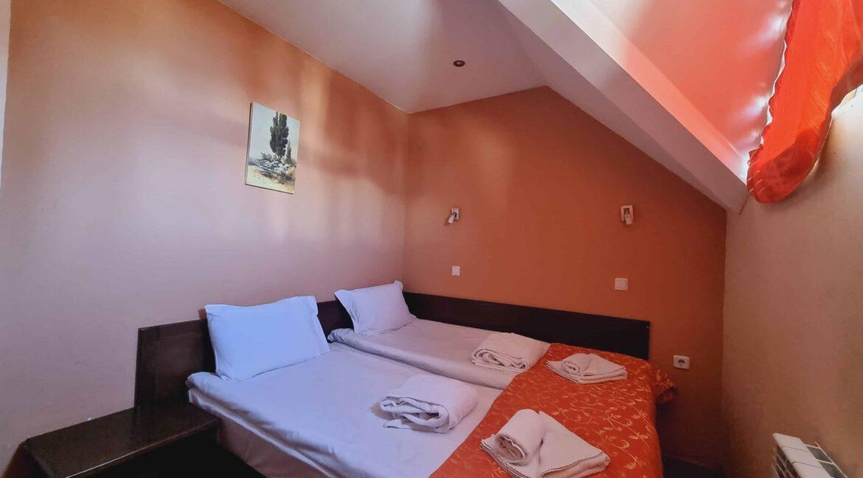 redenka 3 bedroom chalet (36)