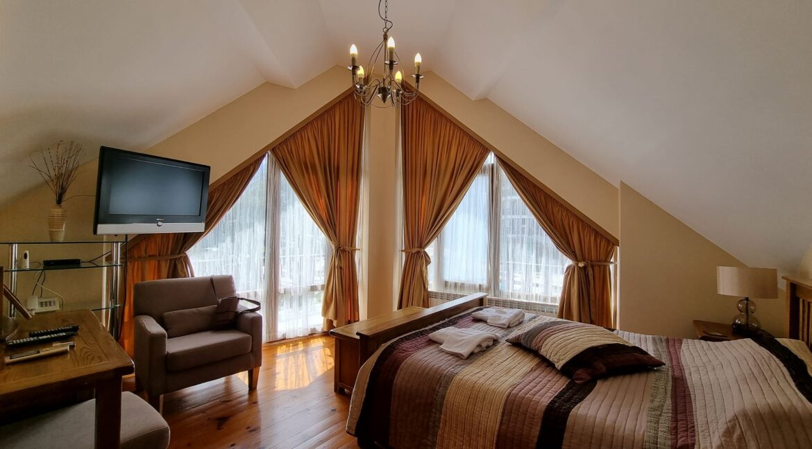 3-bedroom chalet in Redenka Holiday Club (4)