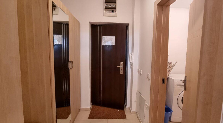 ground floor studio in pirin heights (4)